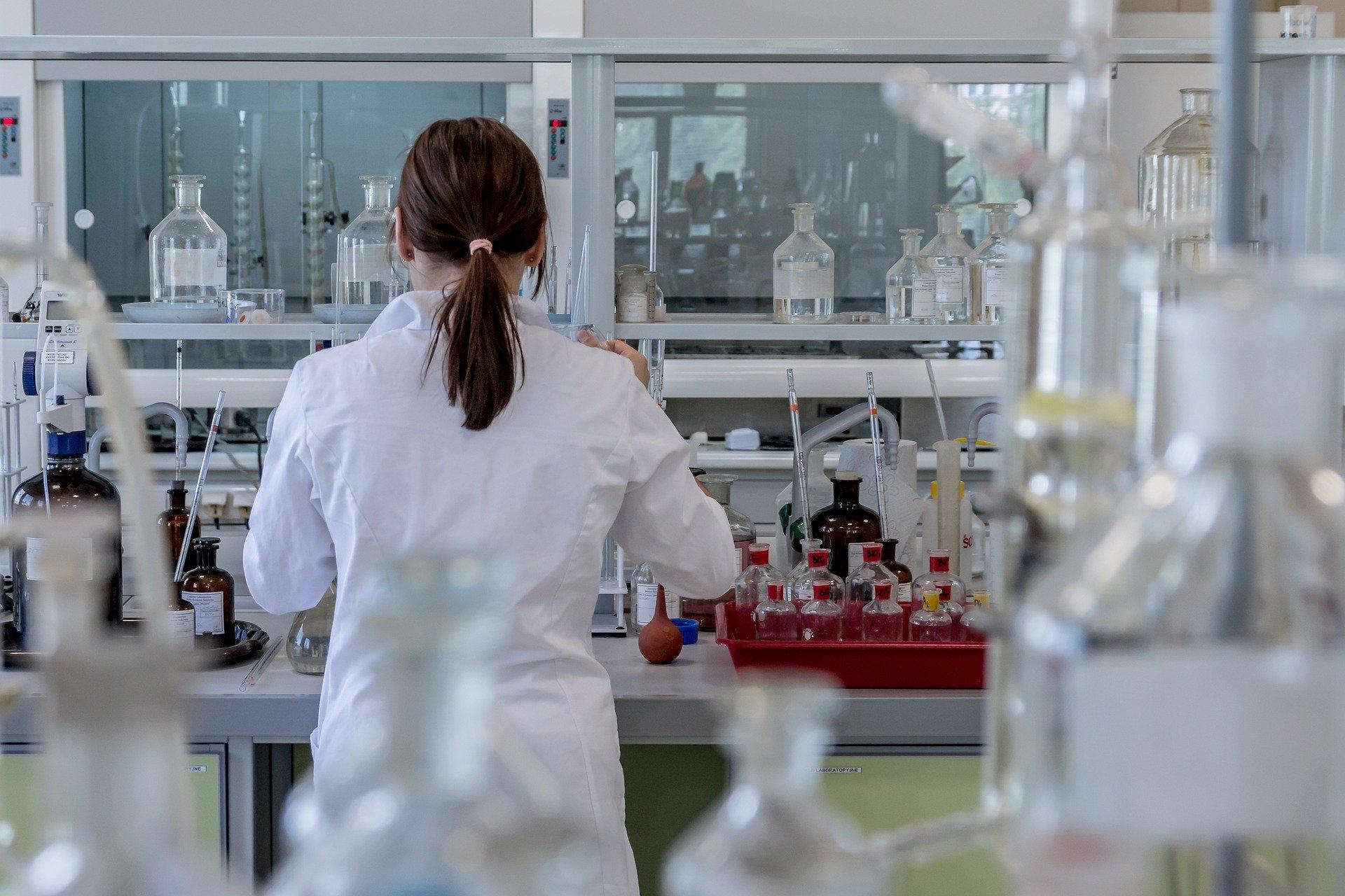 Coronavirus: lancement en France d'un test avec du plasma de patients guéris